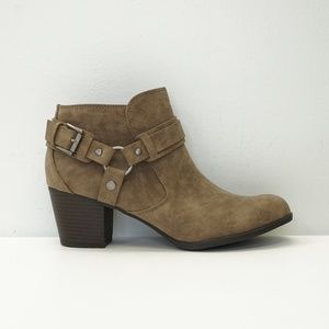 NEW Indigo Rd. Buckle Ankle Boot Booties Brown 10